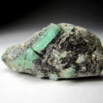 Древний камень берилл