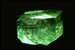камень берилл
