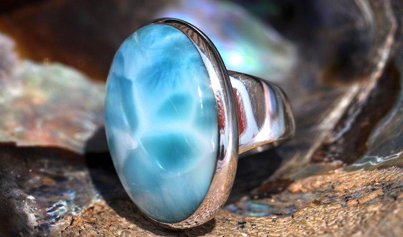 камень ларимар