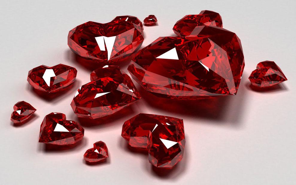 рубин в виде сердца