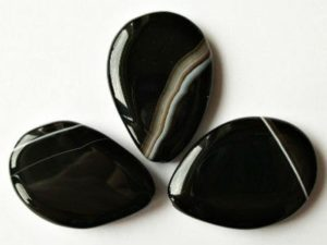 Подходящие камни для Водолея мужчины