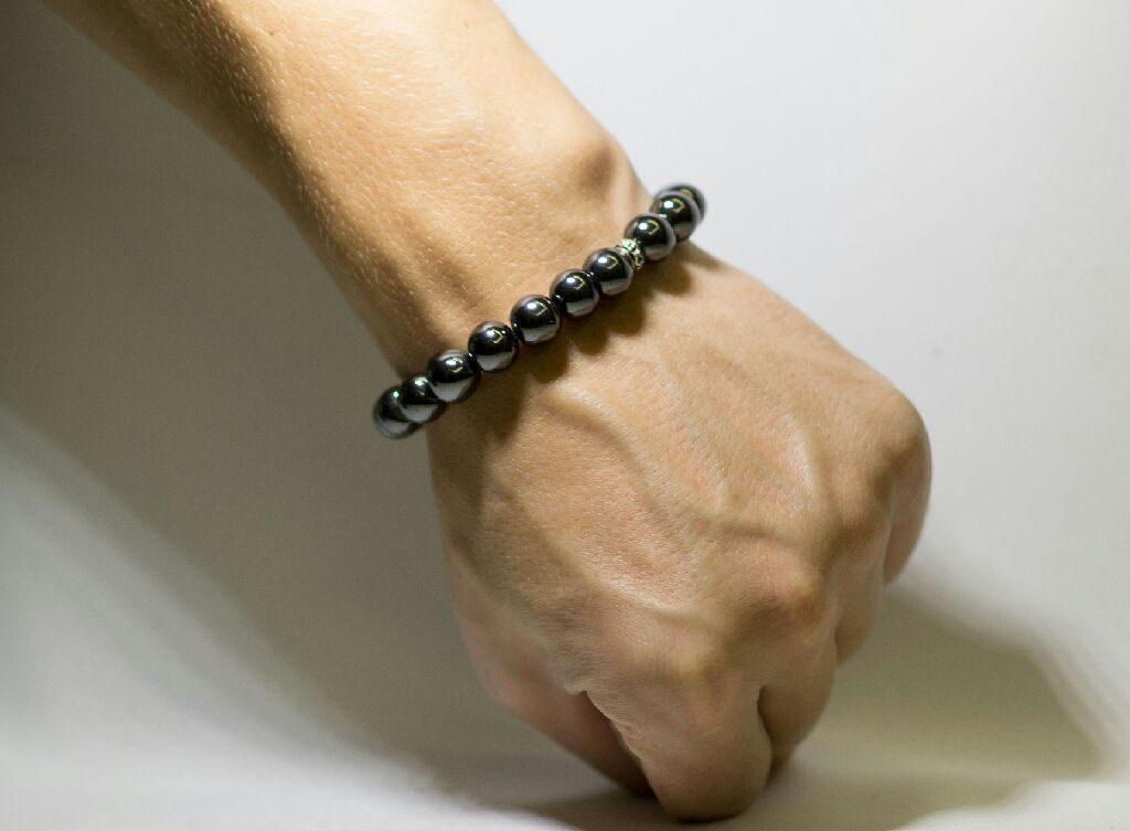 мужской браслет с гематитом