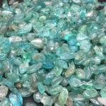 Камень апатит
