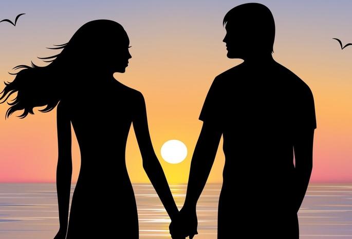 Мужчина и женщина на закате