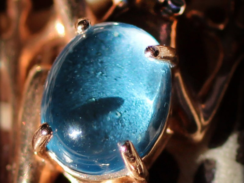 Камень карбункул: свойства, значение, фото
