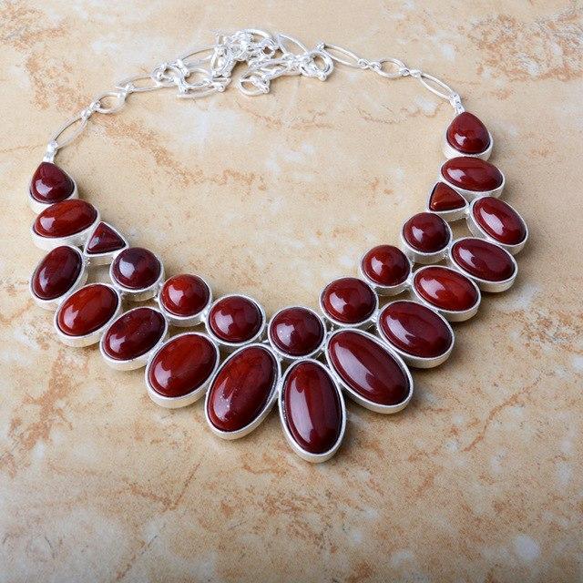 Ожерелье с карбункулом