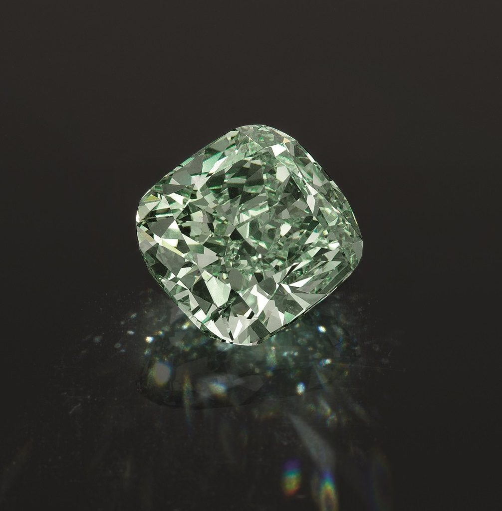 Зелёный алмаз