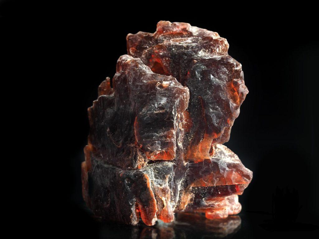 Камень Виллиомит